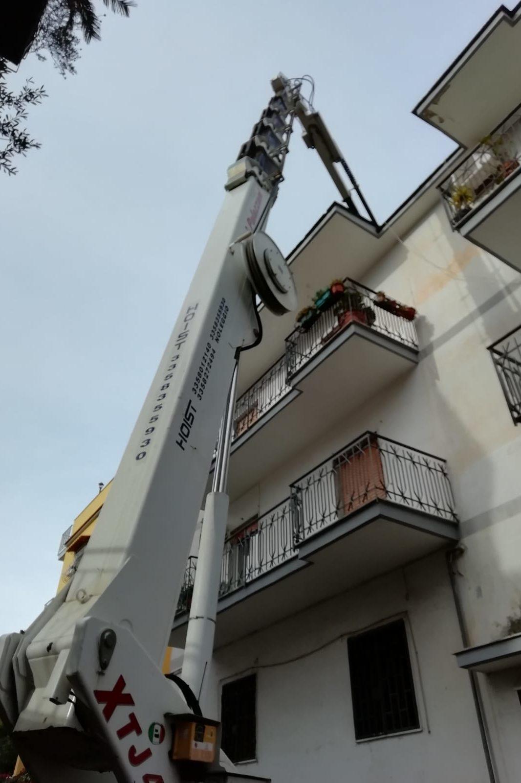 Vittoria al Tar Napoli: rimosso l'impianto a banda larga | FOTO e VIDEO